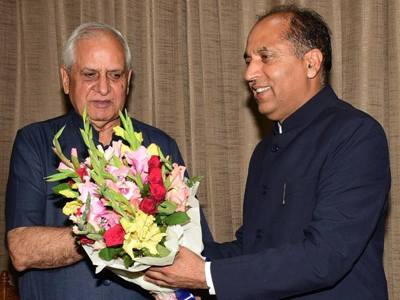 Sh. Amolak Rattan kohli, Former Governor, Mizoram calls on Chief Minister Shri Jai Ram Thakur at Shimla  on 11 July 2018.