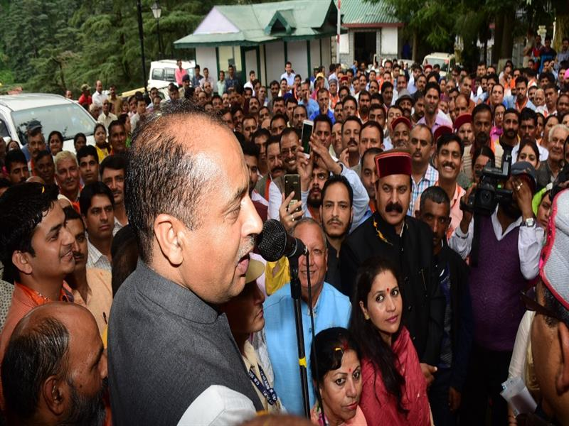 Chief Minister Shri Jai Ram Thakur addressing a delegation at  Shimla on 9 Aug 2018.