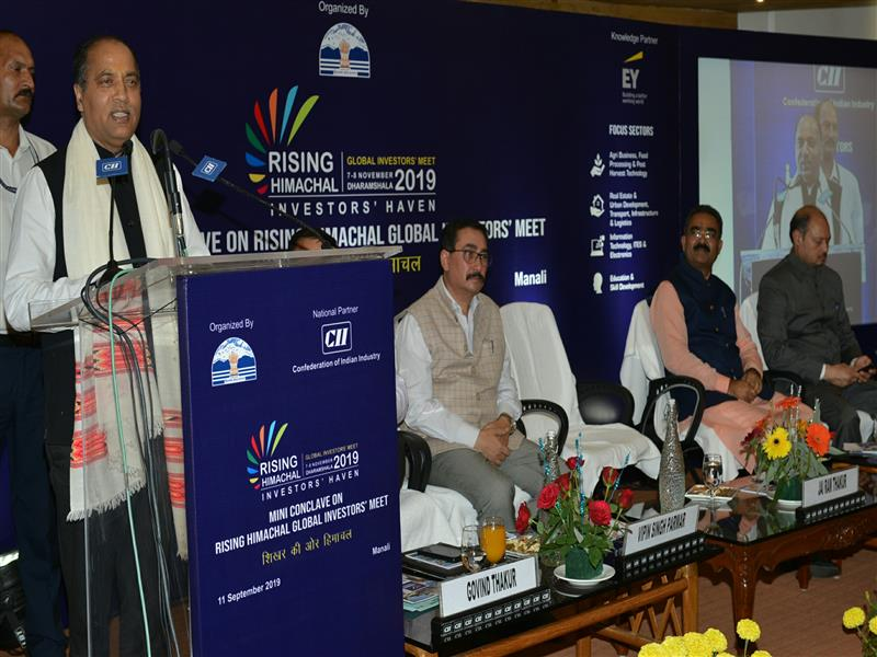 Chief Minister Jai Ram Thakur addressing  during  mini conclave at Manali on 11 Sep 2019.